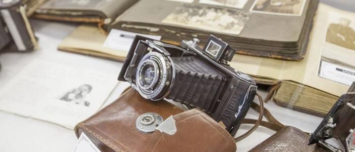 """Zdjęcie z wystawy """"W fotograficznym atelier"""""""