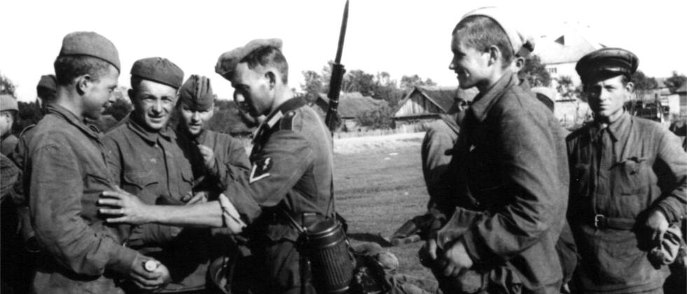 Jeńcy i żołnierze 137DP