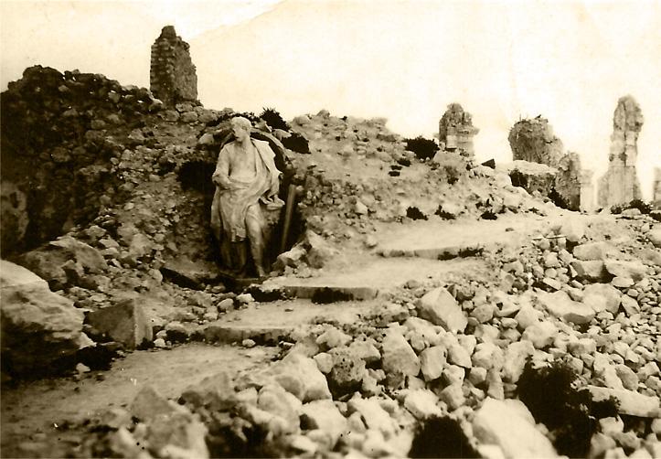 Na zdjęciu: Ruiny klasztoru na Monte Cassino, Włochy, 1944 r. Fotografia ze zbiorów Muzeum Wojska w Białymstoku, nr inw. MWB/D/2806