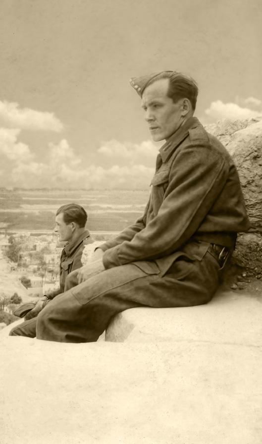 Żołnierze Pułku Ułanów Karpackich przed wyjazdem do Iraku, Egipt, 1942 rok. Fotografia ze zbiorów Muzeum Wojska w Białymstoku, nr inw. MWB/D/4564.